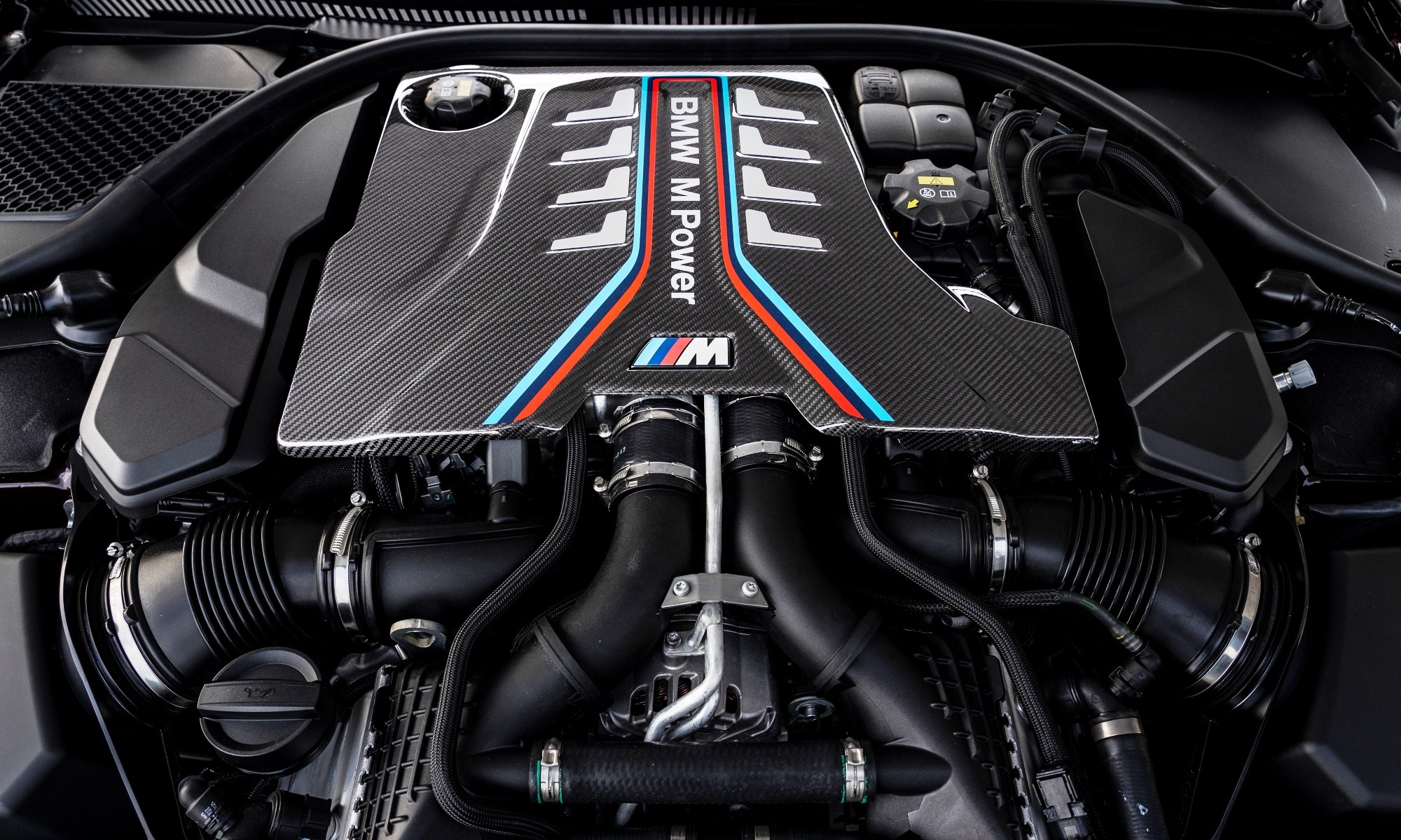 BMW M8 Gran Coupe engine