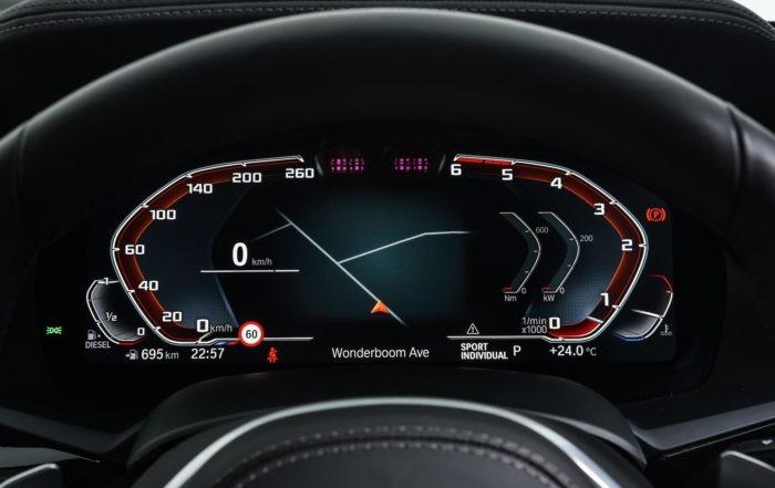 BMW X5 M50d instrument cluster