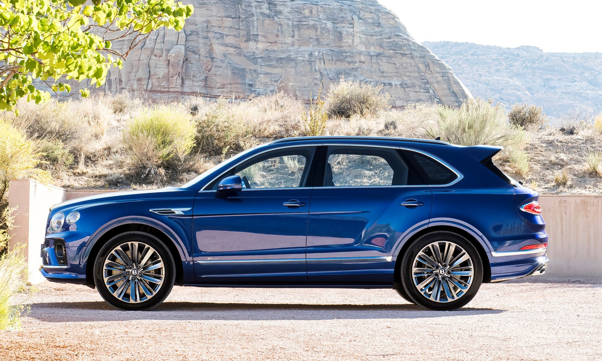 Bentley Bentayga Speed profile