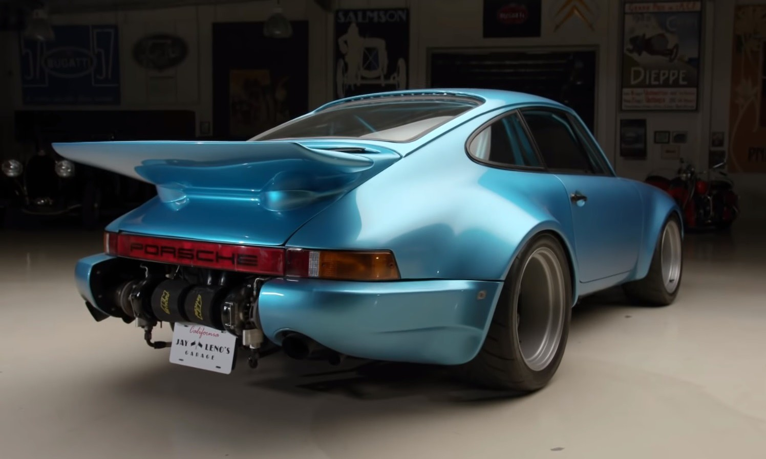 Bisimoto Porsche 911 rear side