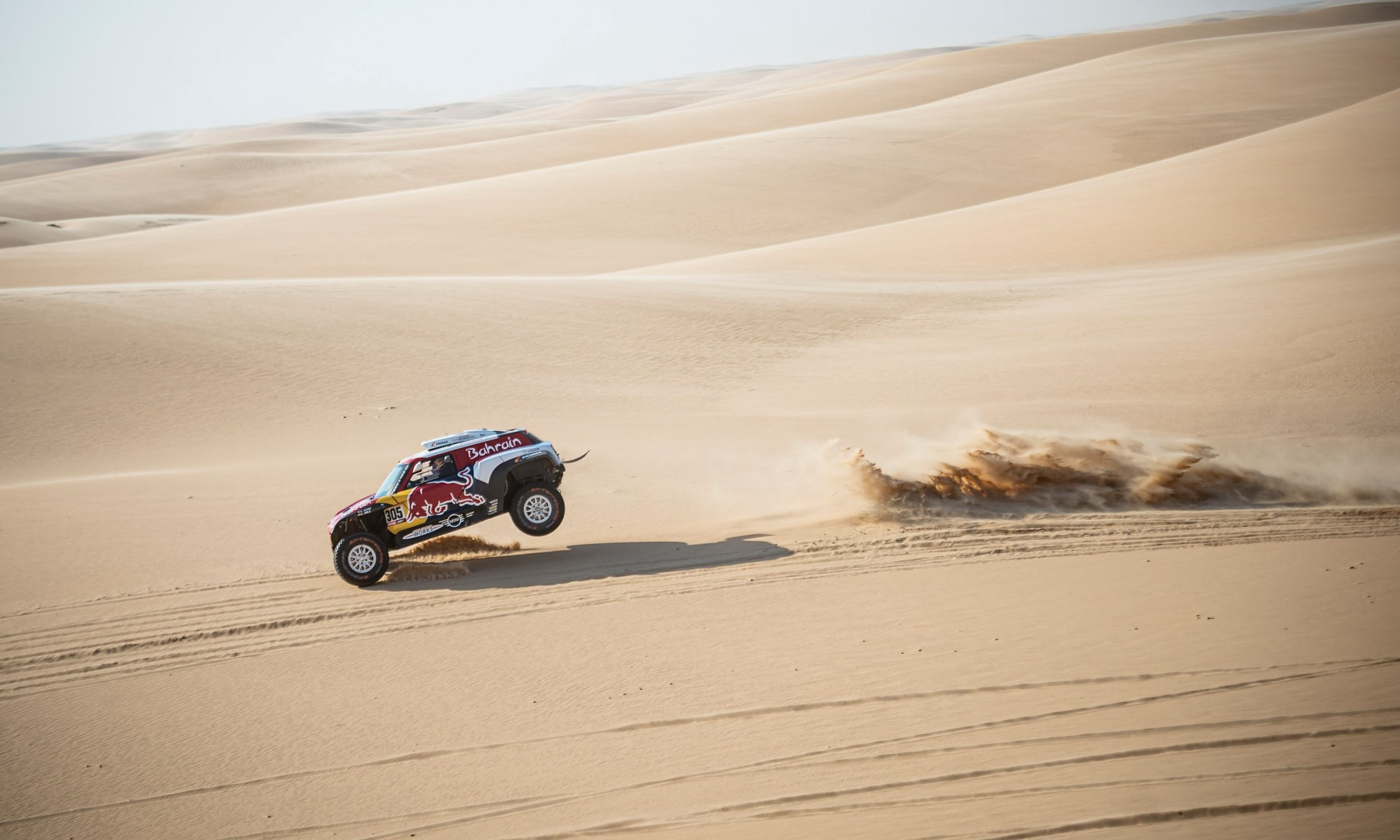 Carlos Sainz extended his lead over his main rivals on 2020 Dakar Stage 10