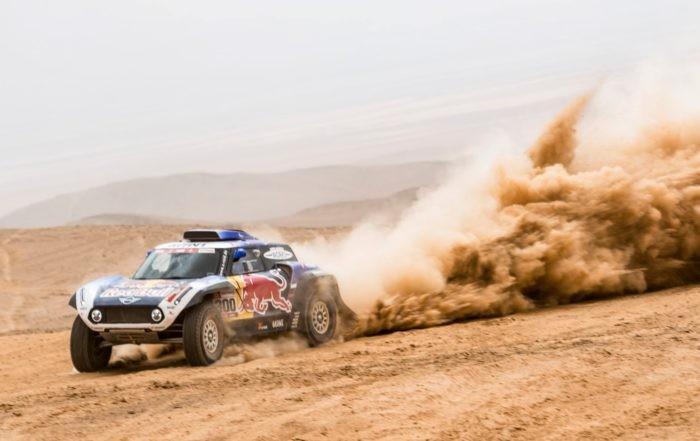 Carlos Sainz grabbed third on Dakar Rally stage 6