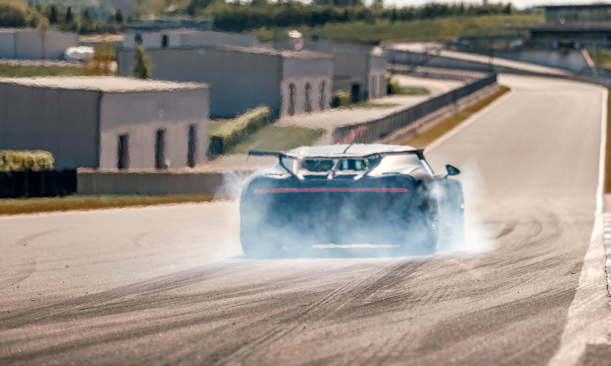Chiron Pur Sport Testing rear smoke