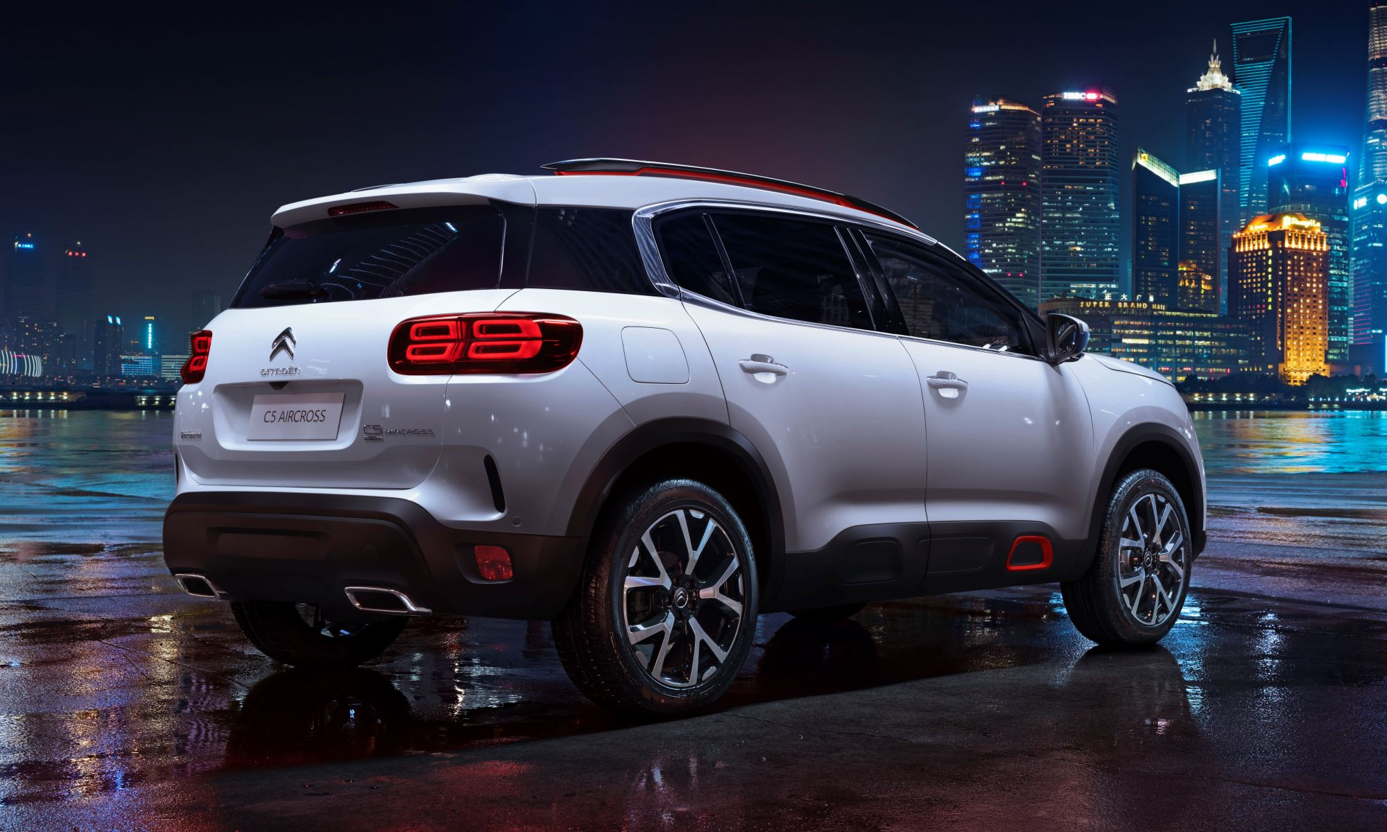 Citroen C5 Aircross rear three quarter rear