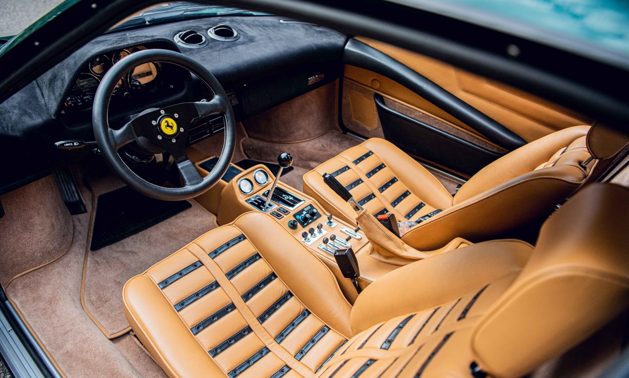 Moto Technique Ferrari 388 GTBi interior