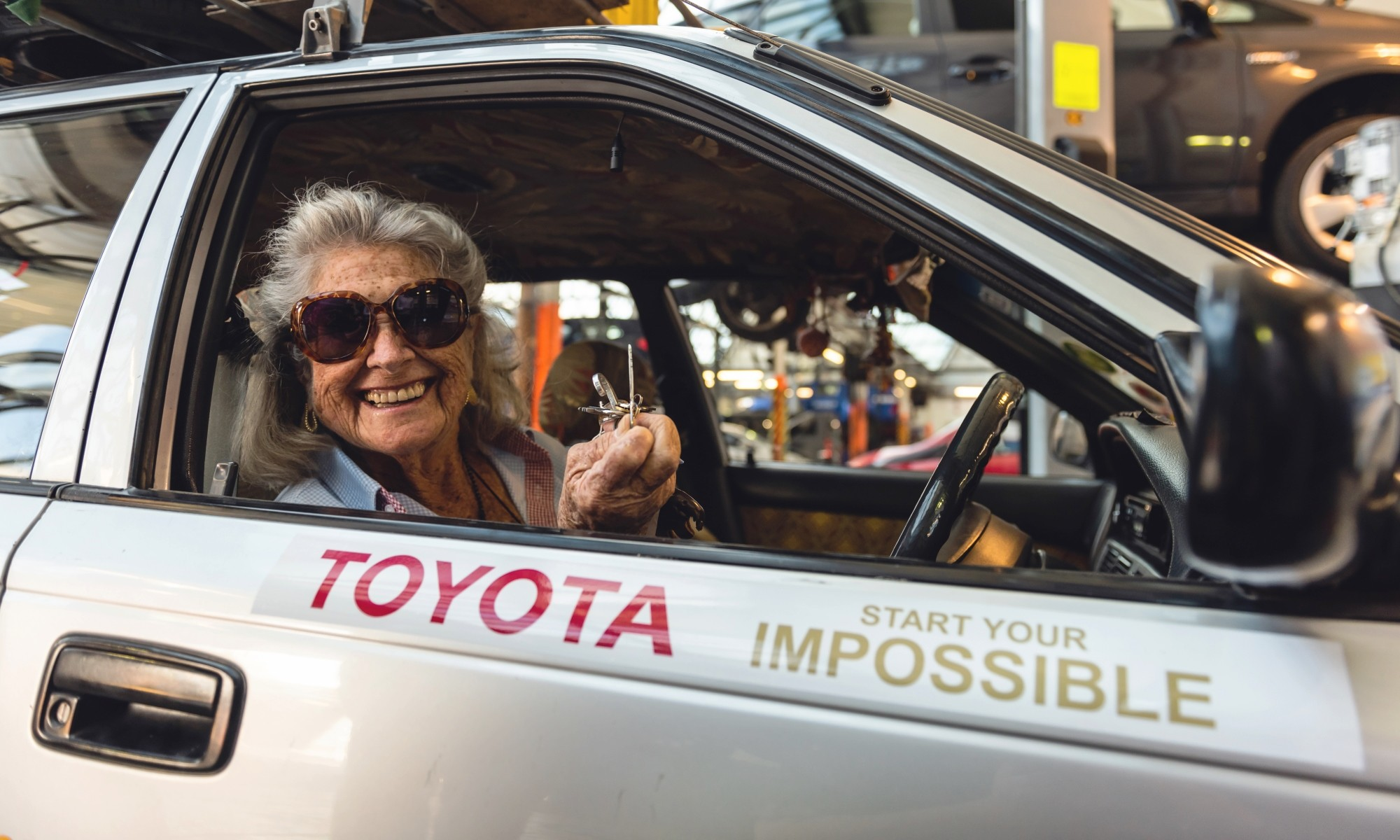 Julia Albu and Tracy the Toyota Conquest