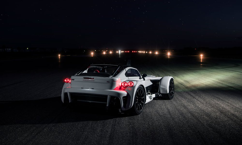 Donkervoort D8 GTO-40 night