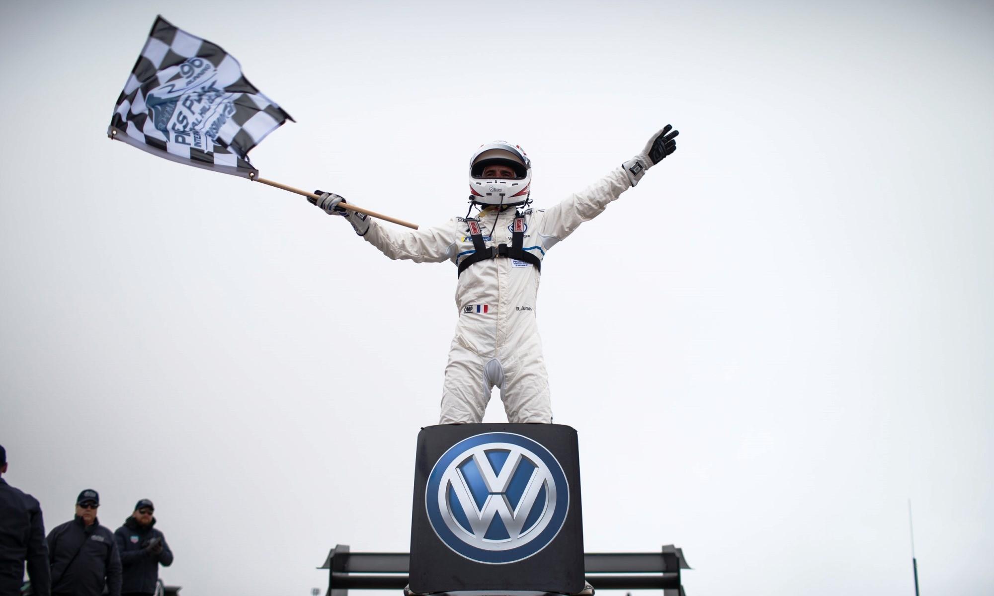 Dumas celebrates his win and new record