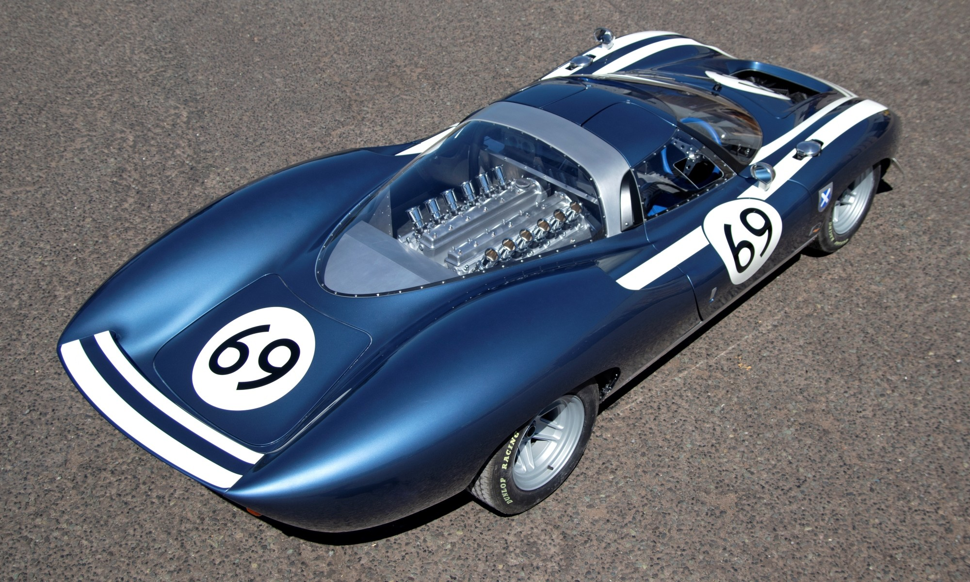 Ecurie Ecosse LM69 above rear