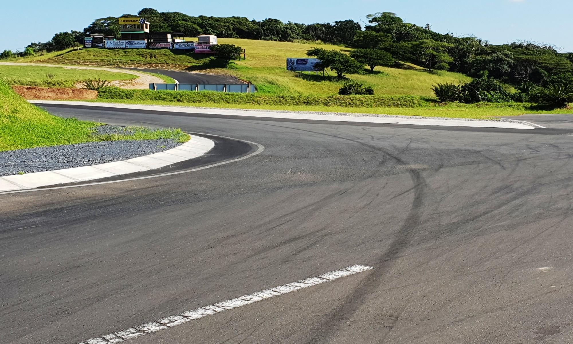 Revamped Dezzi Raceway Turn 1