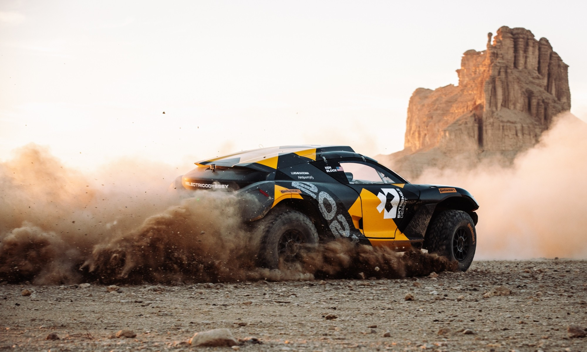 Extreme E racer at Dakar Rally 1