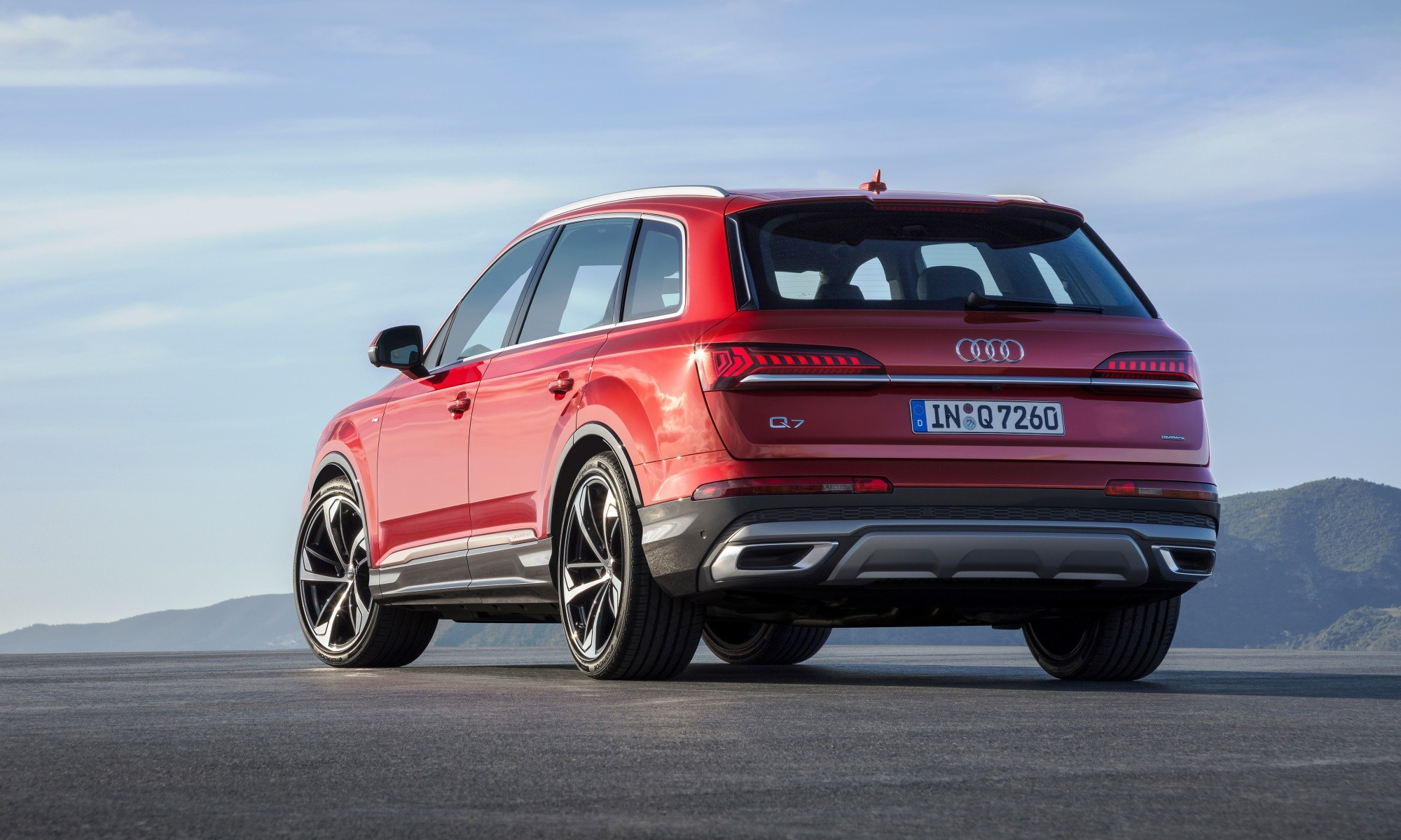 Facelifted Audi Q7 rear