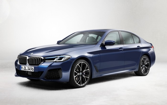 Facelifted BMW 5 Series