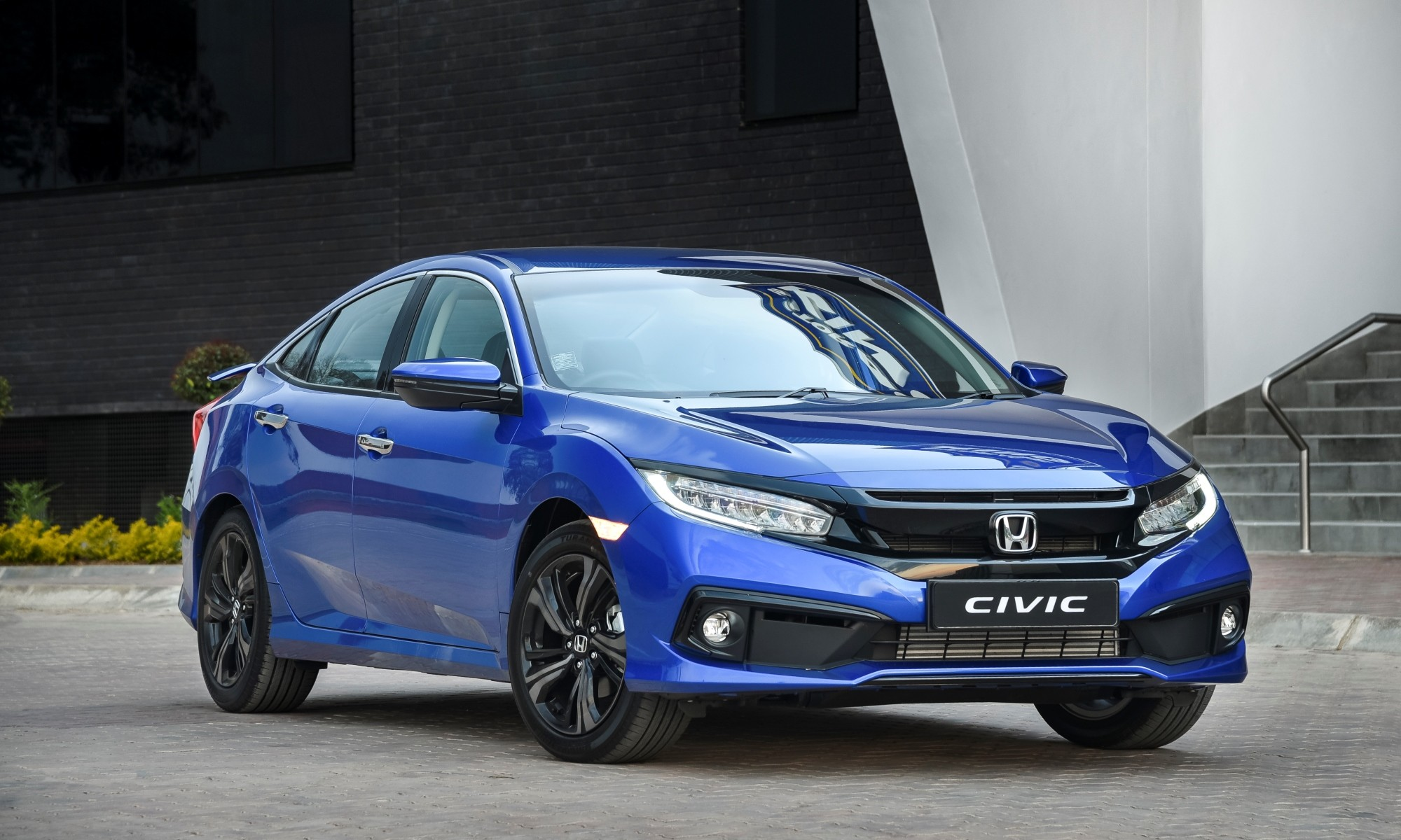 Facelifted Honda Civic Sport front