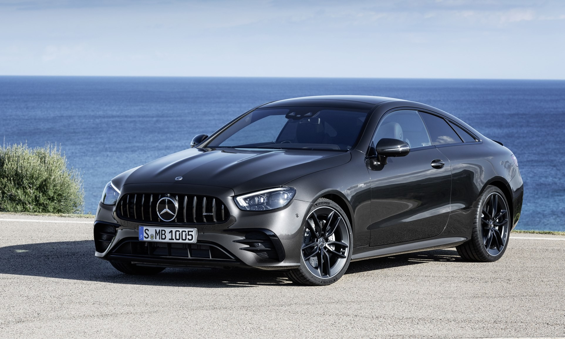 Facelifted Mercedes-Benz E-Class Coupe