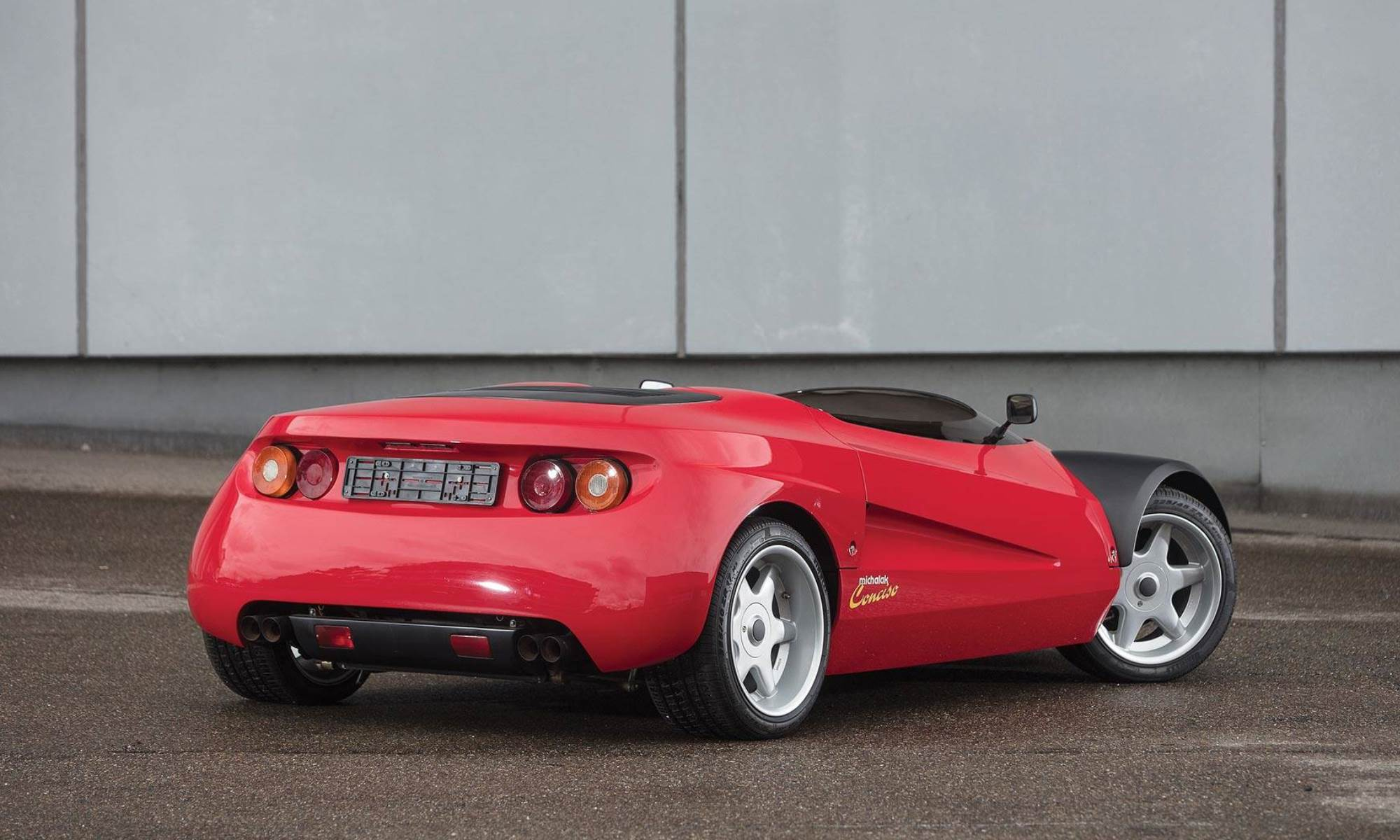 Ferrari Conciso rear