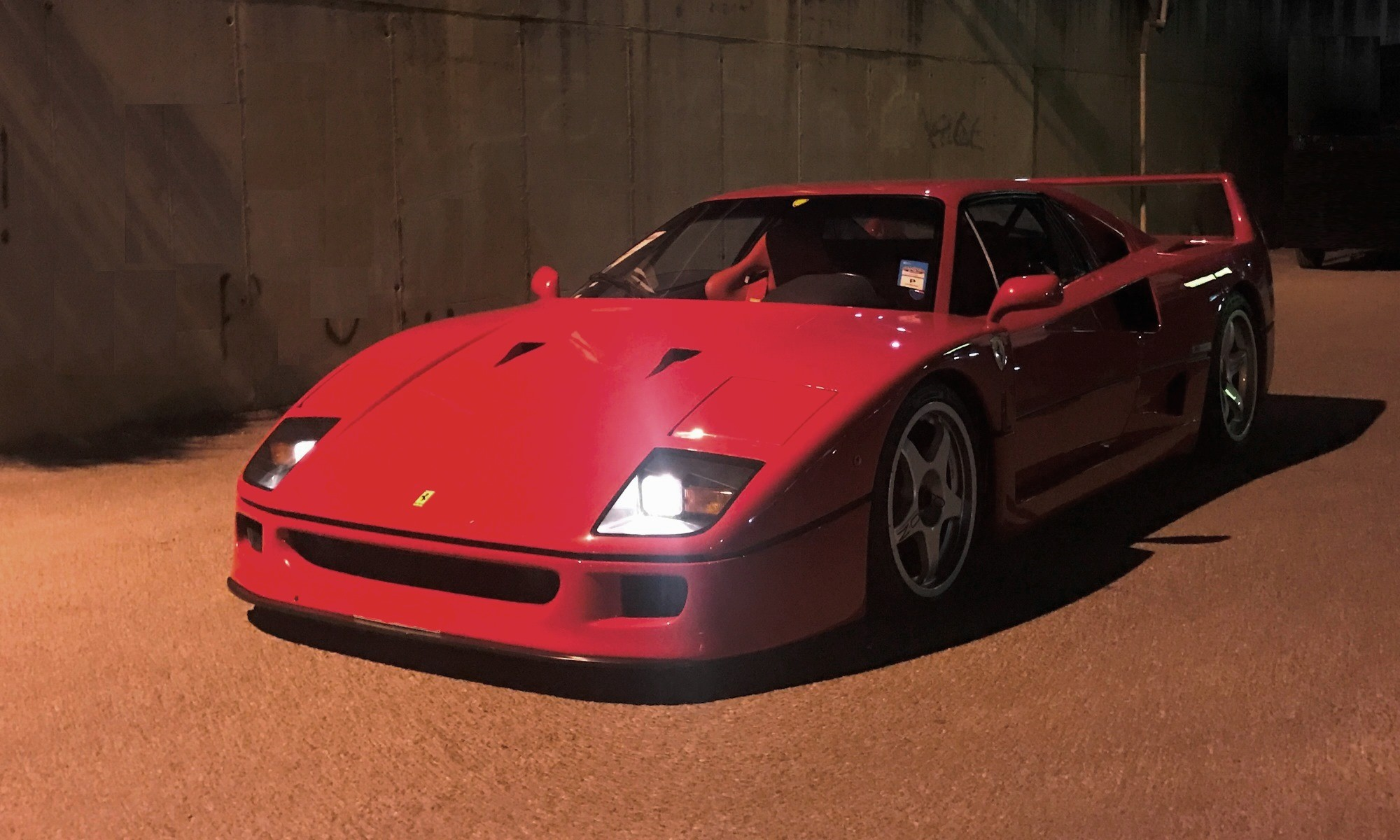 Ferrari F40 Review