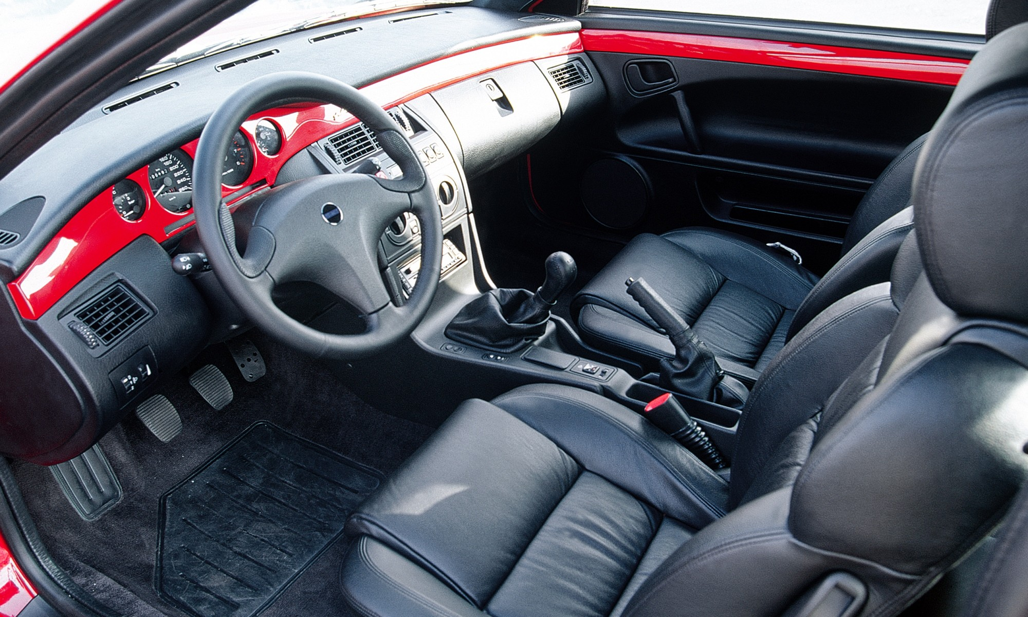 Fiat Coupe interior