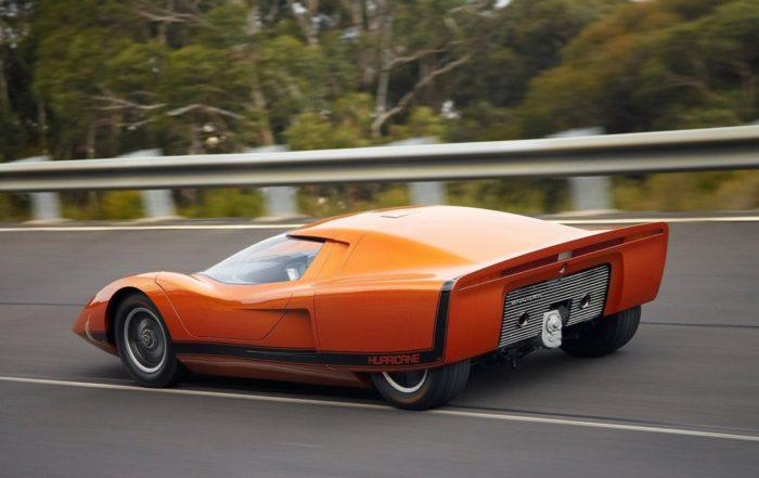Holden Hurricane Concept rear tracking