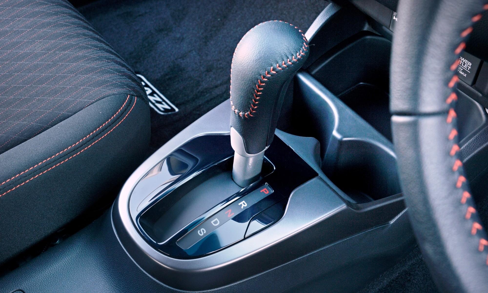 Honda Jazz Sport shifter