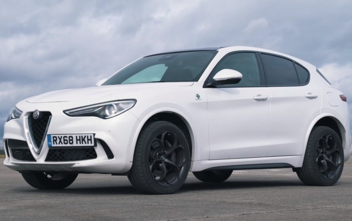 Hot SUV Drag Race Alfa Romeo Stelvio