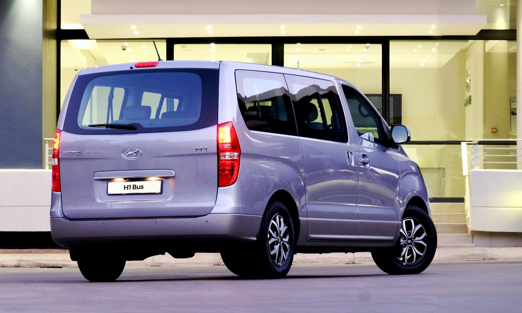 Hyundai H1 rear