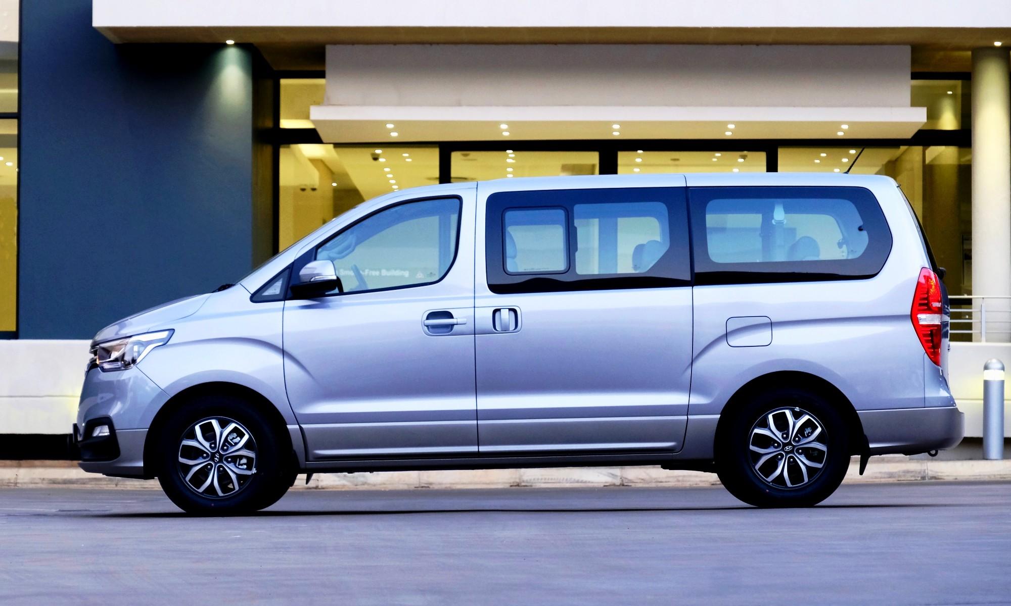 Hyundai H1 side