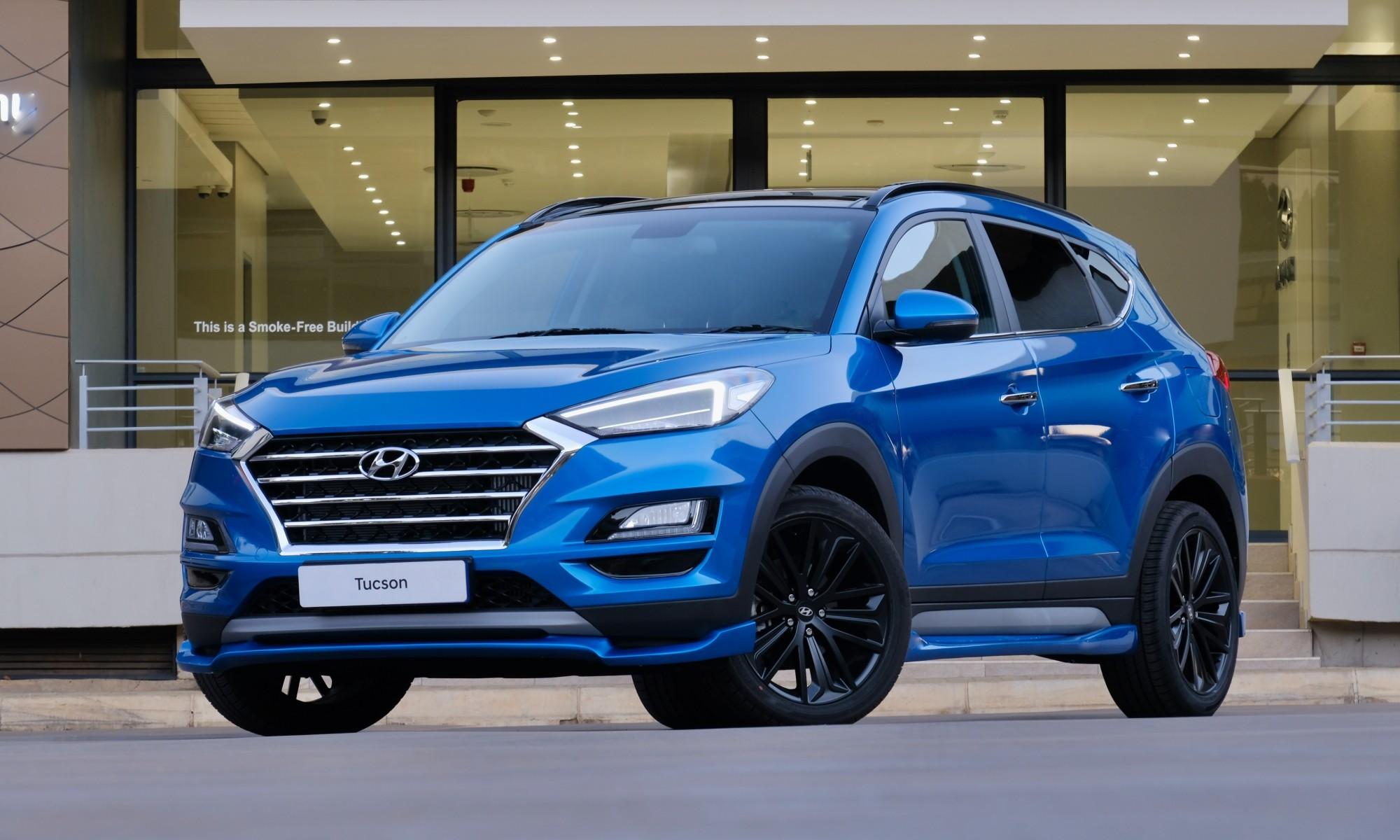 Hyundai Tucson Sport front