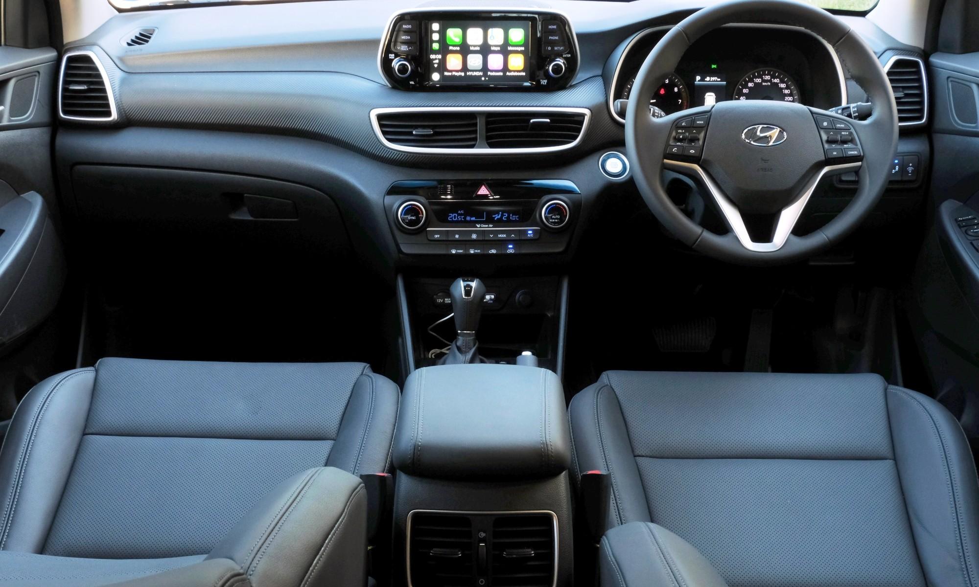 Hyundai Tucson Sport interior