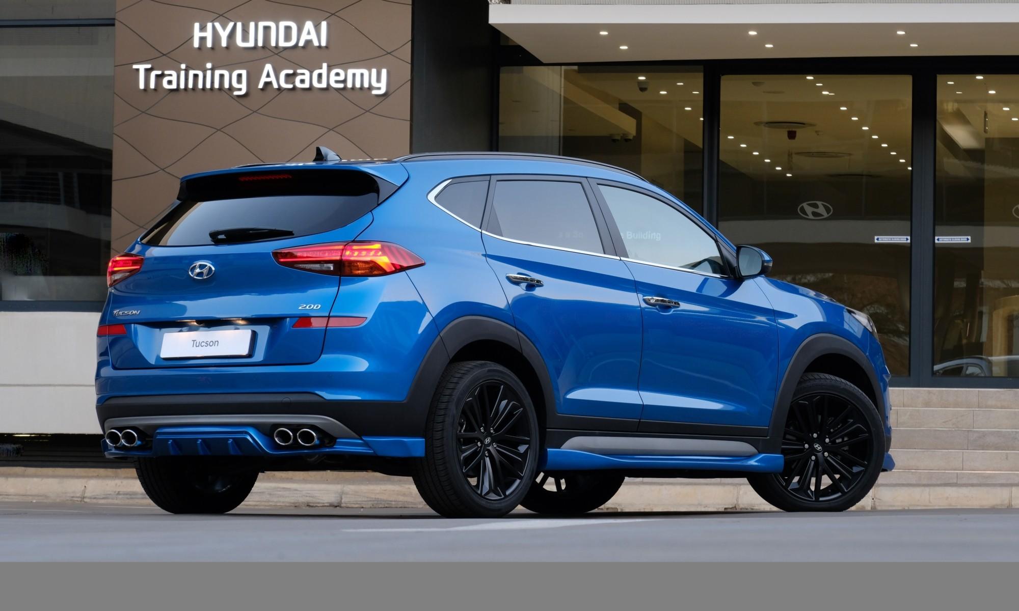 Hyundai Tucson Sport rear