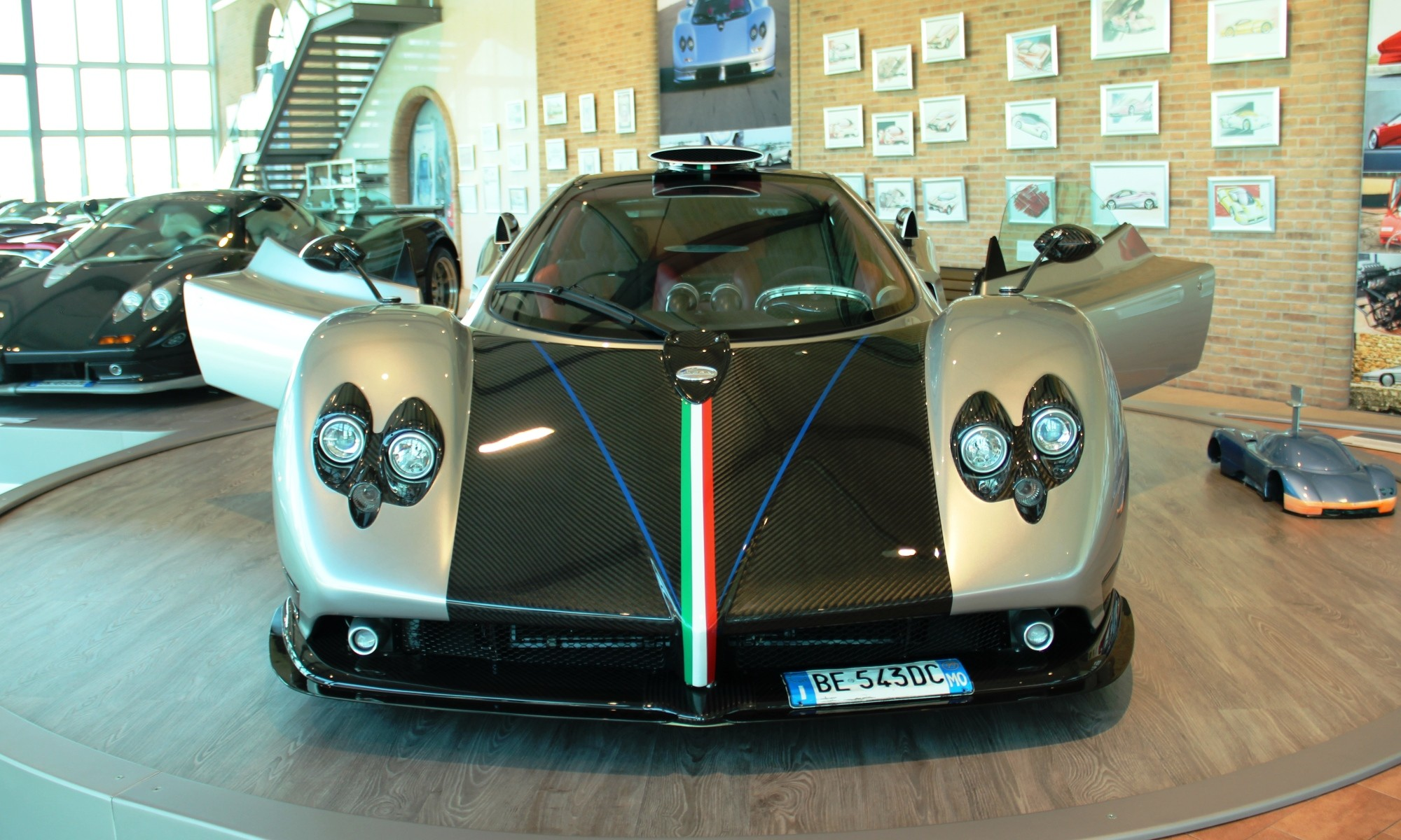 Virtual Car Museum Tours
