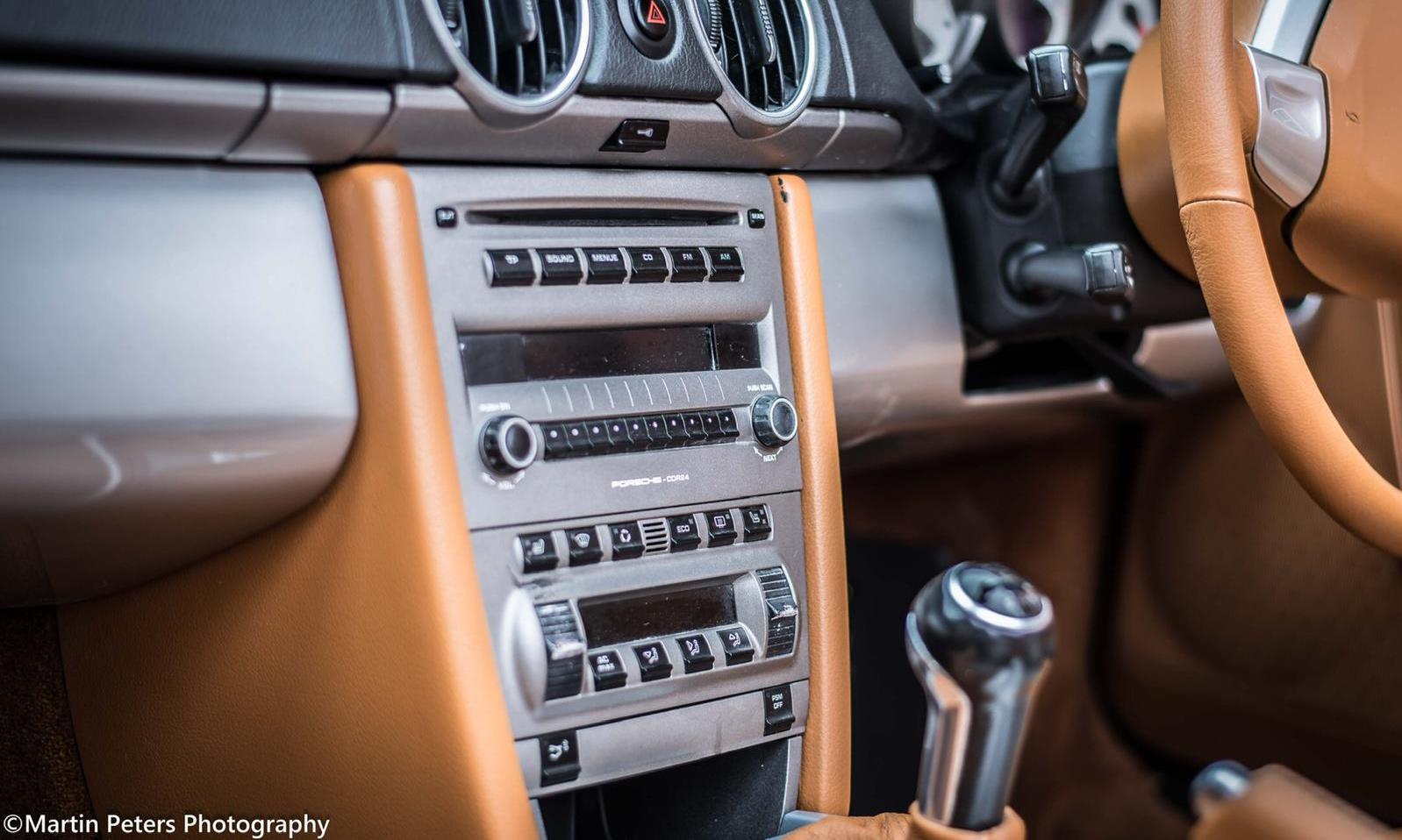 Iconic Autobody 387 Speedster int
