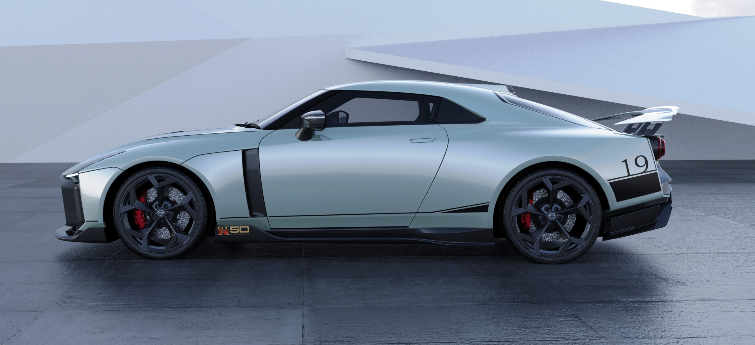 Italdesign Nissan GTR-50 profile