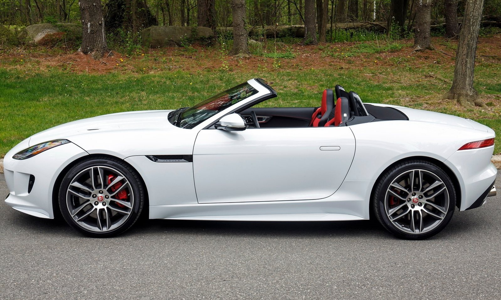 Jaguar F-Type R-Dynamic Convertible