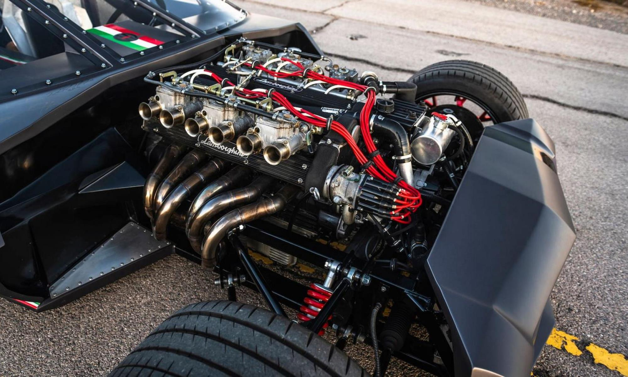Lamborghini Espada Rat Rod engine 1