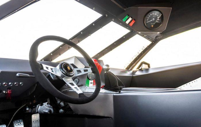 Lamborghini Espada Rat Rod interior