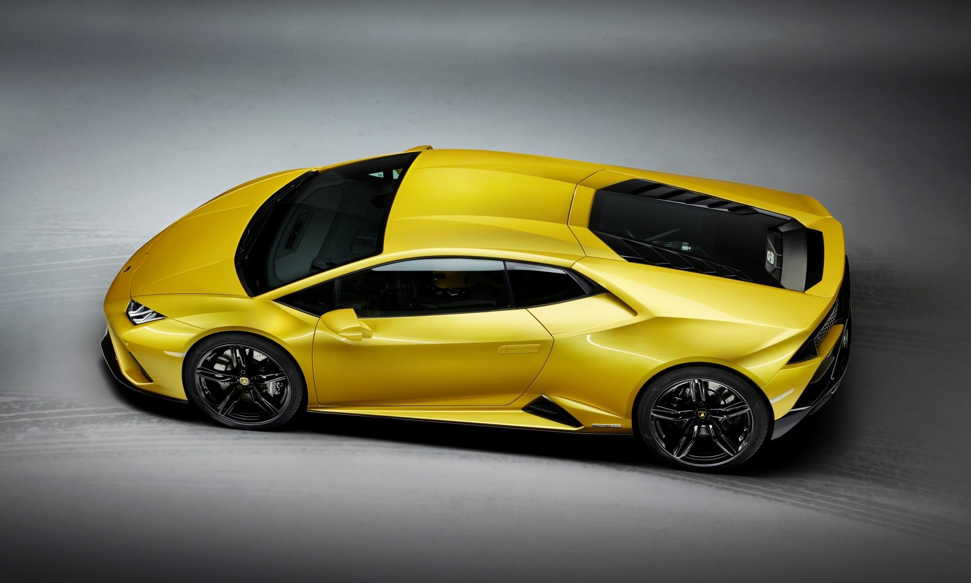 Lamborghini Huracan Evo RWD overhead