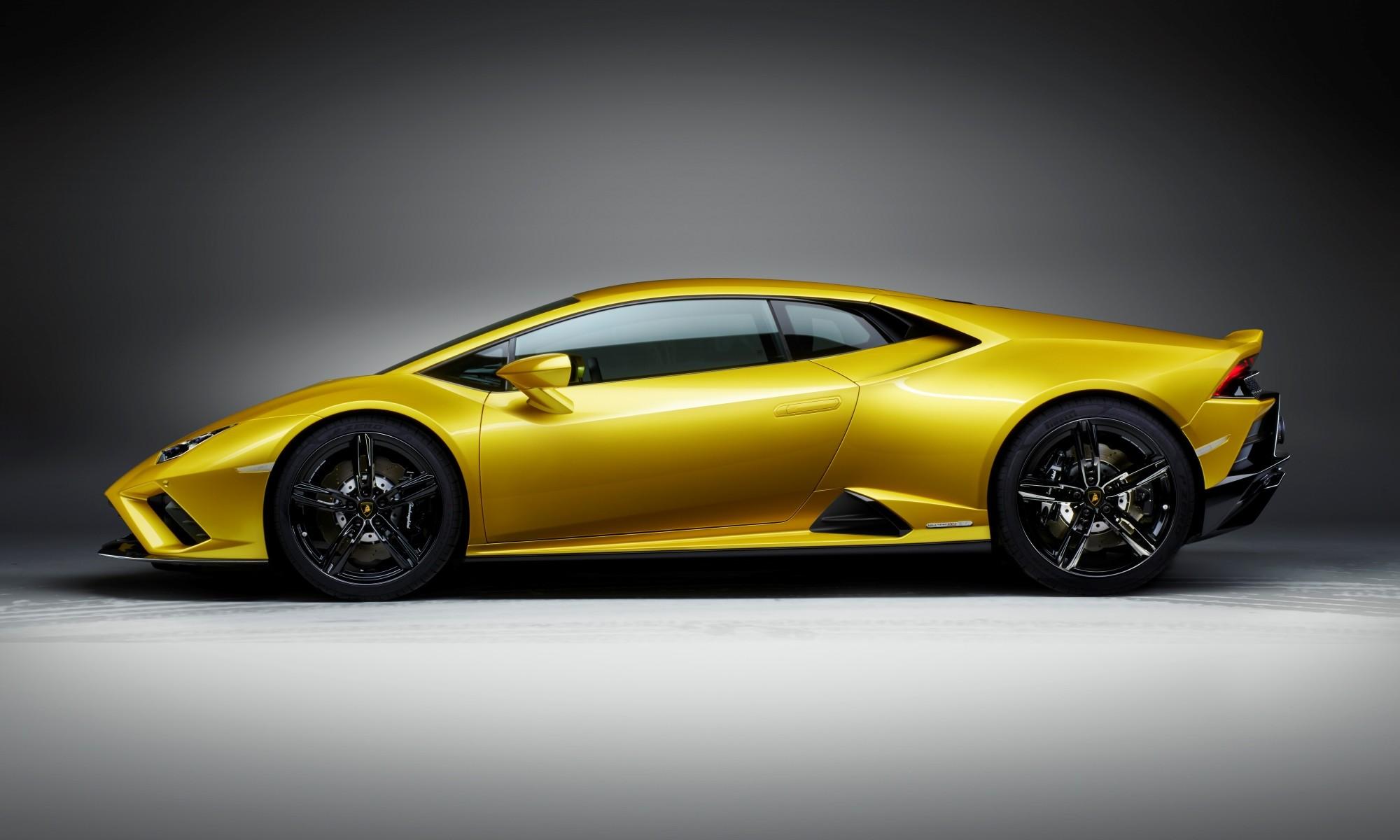 Lamborghini Huracan Evo RWD profile
