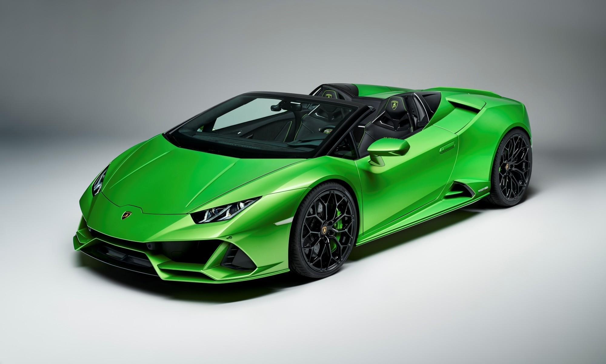 Lamborghini Huracan Evo Spyder front