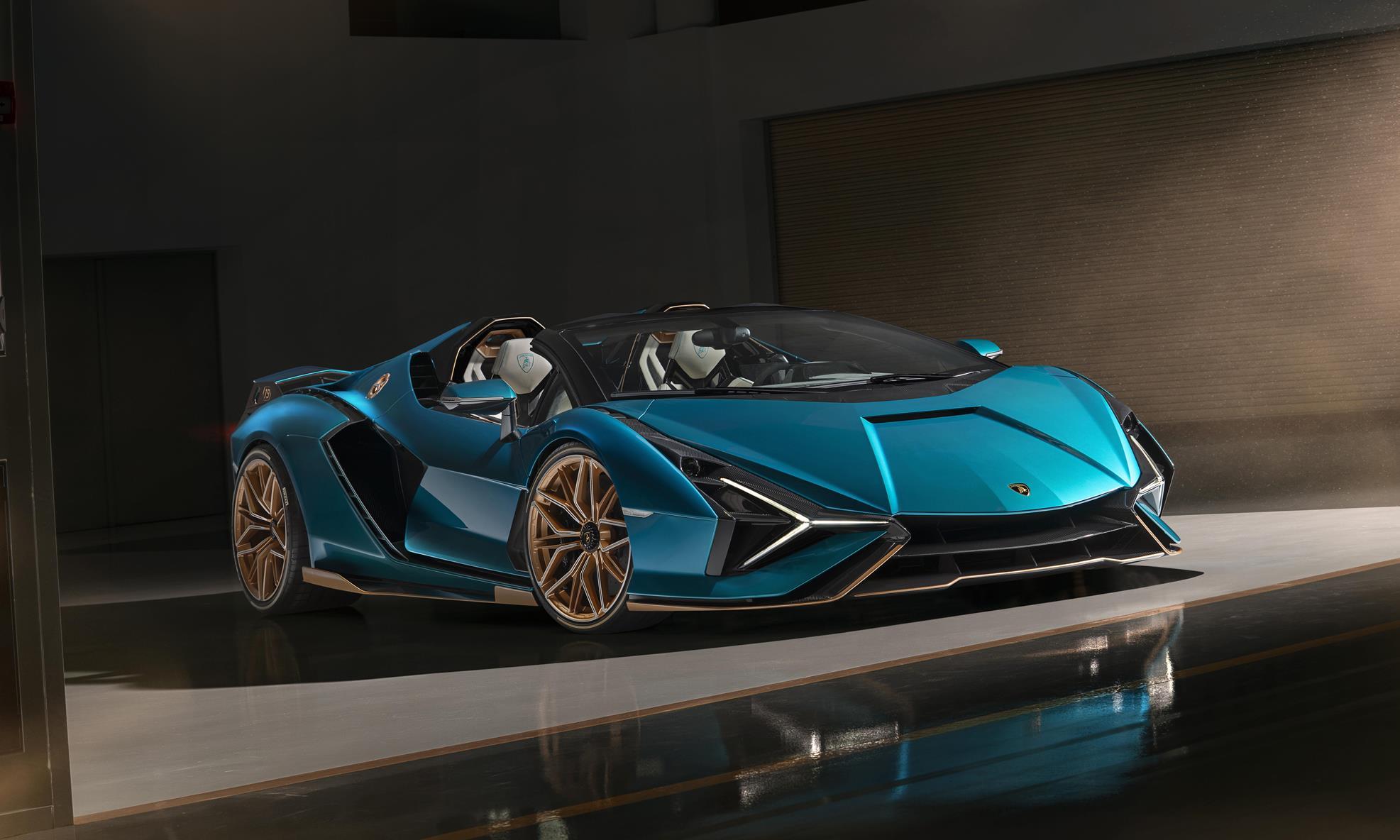 Lamborghini Sian Roadster front