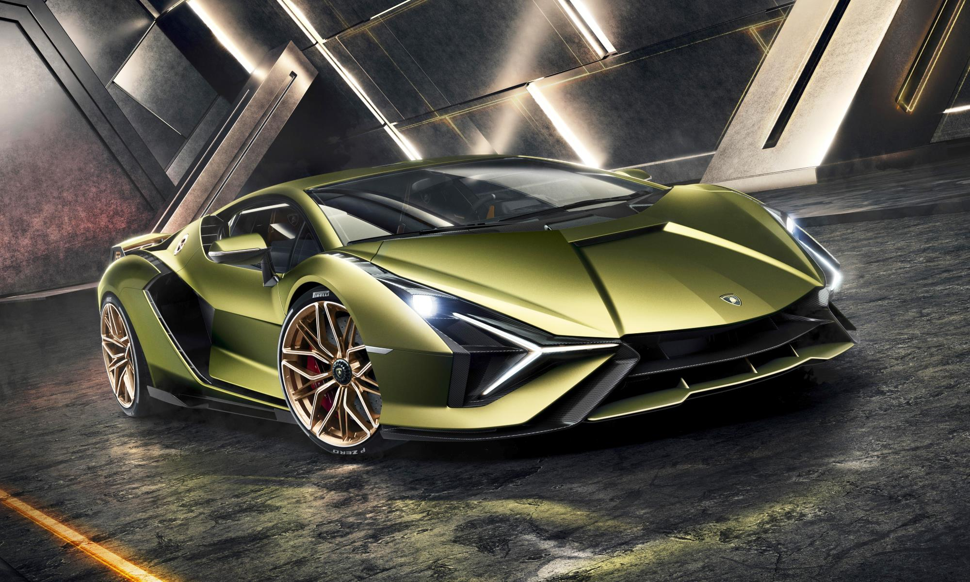 Lamborghini Sian side