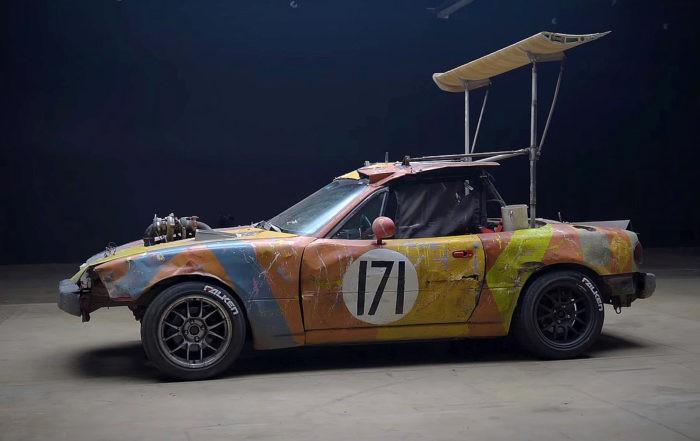 LeMons Racer MX-5 side