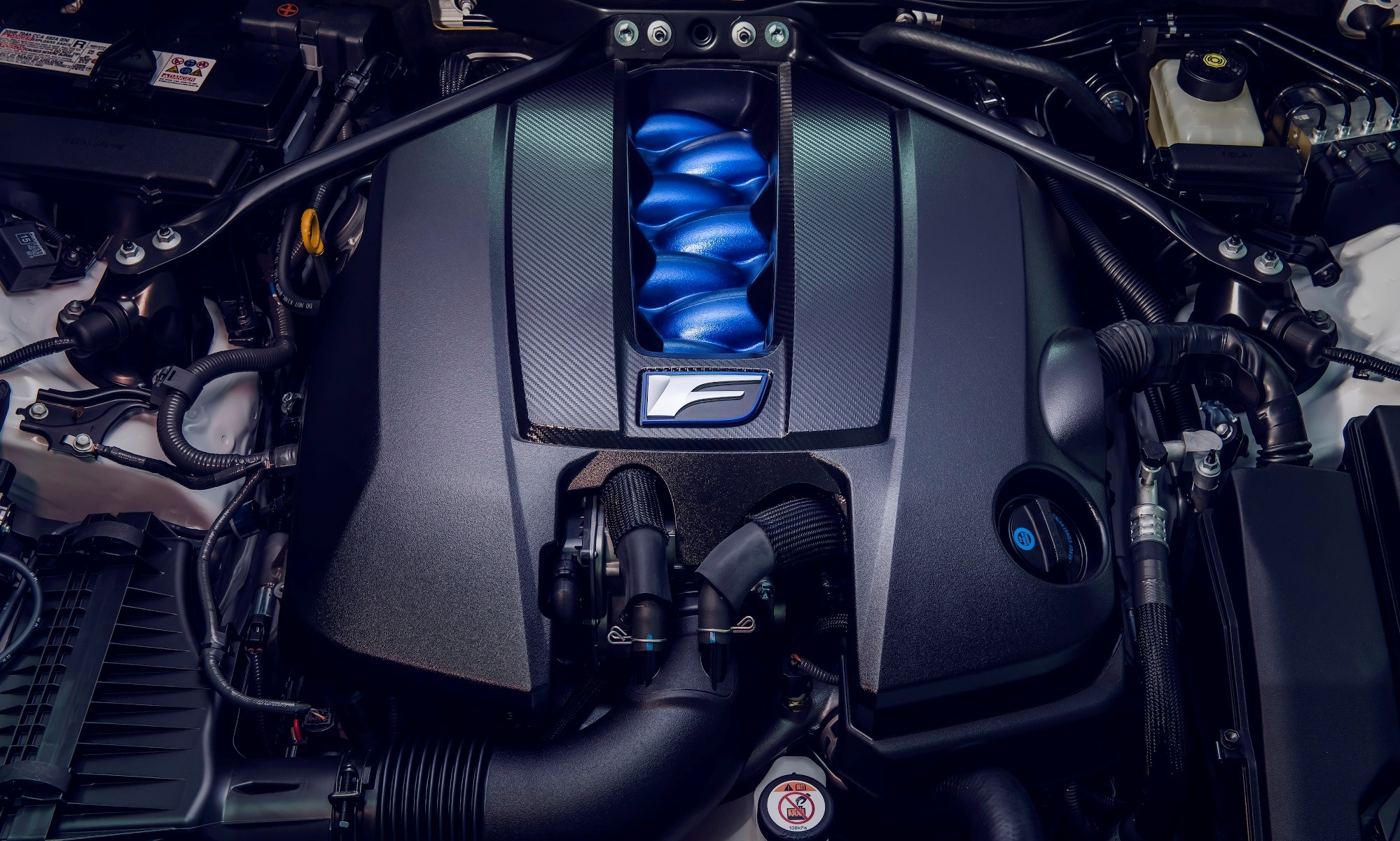 Lexus RC F Track Edition engine