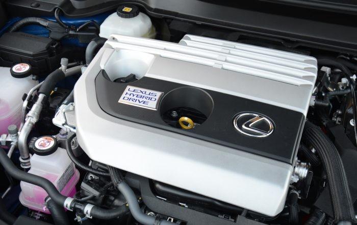 Lexus UX250h engine