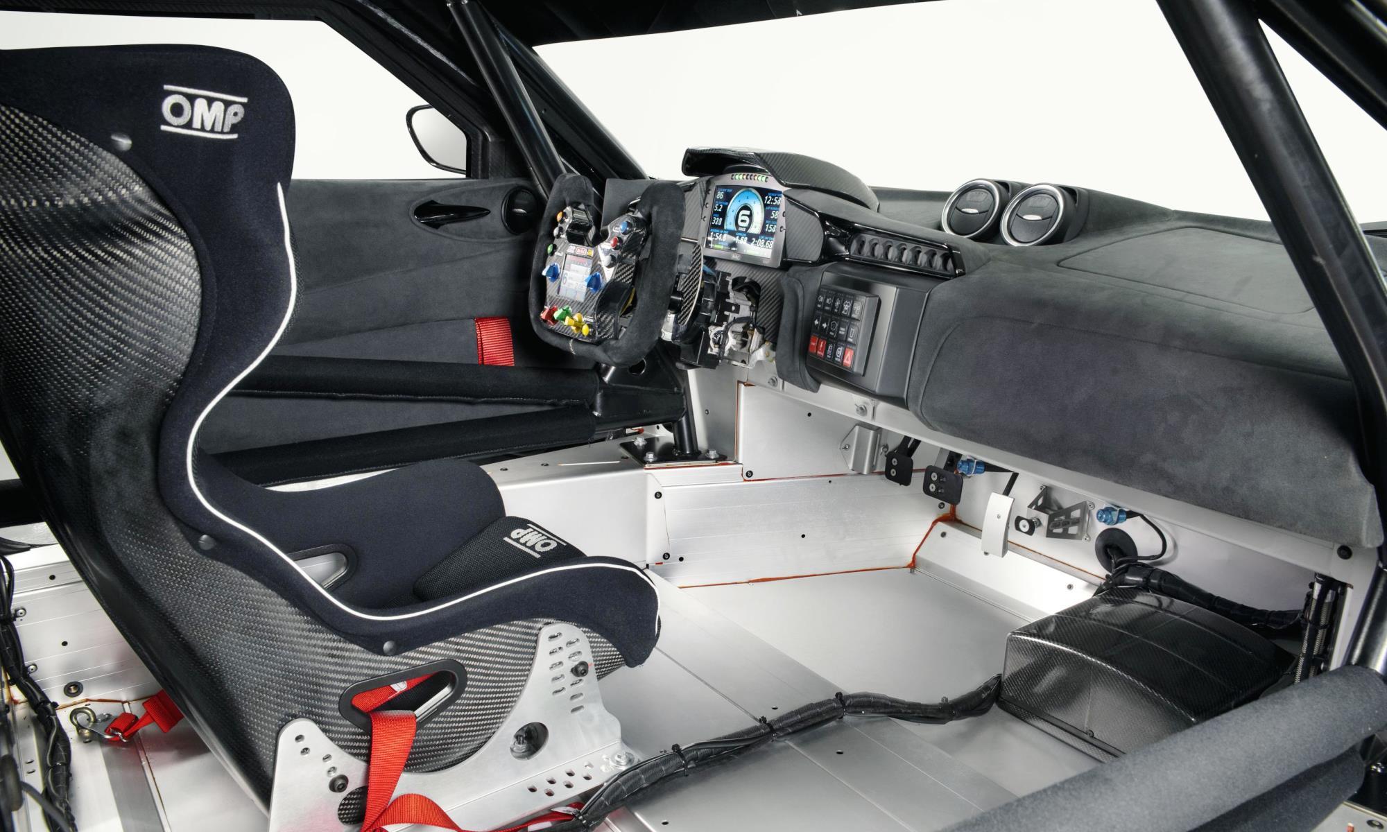 Lotus Evora GT4 Concept Racecar interior