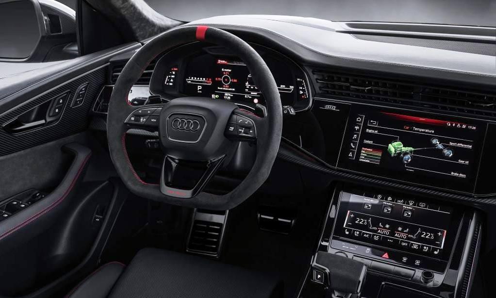 Manhart RQ900 interior red
