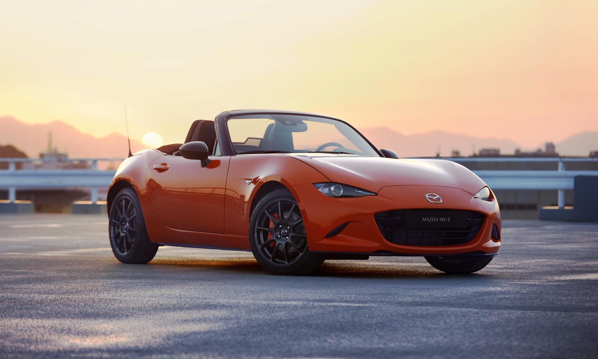 Mazda MX-5 30th Anniversary Edition roadster