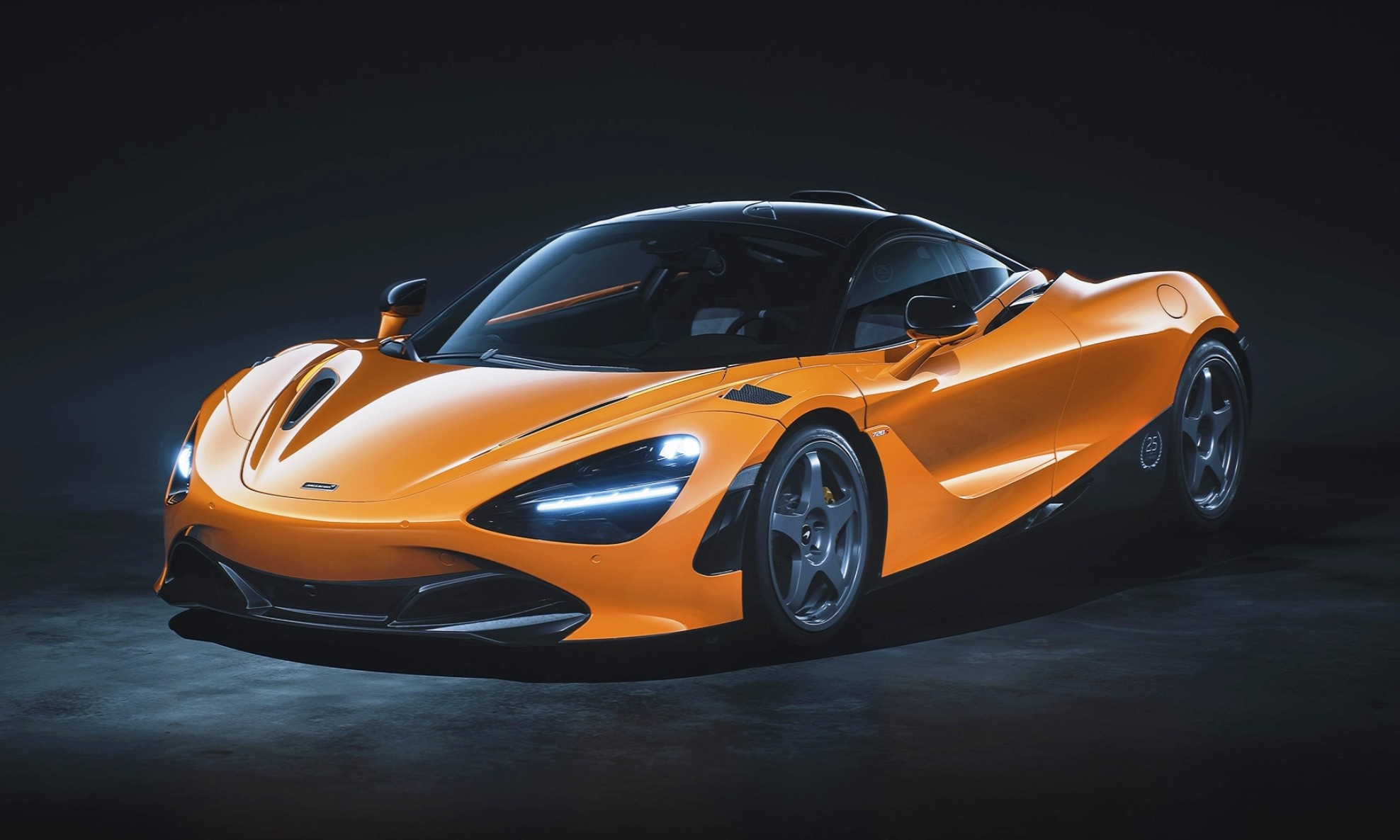 McLaren 720S Le Mans Edition orange