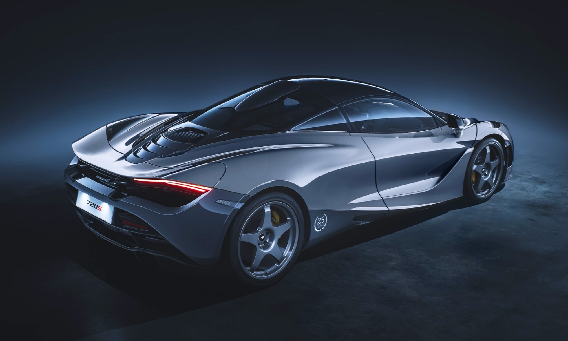 McLaren 720S Le Mans Edition rear