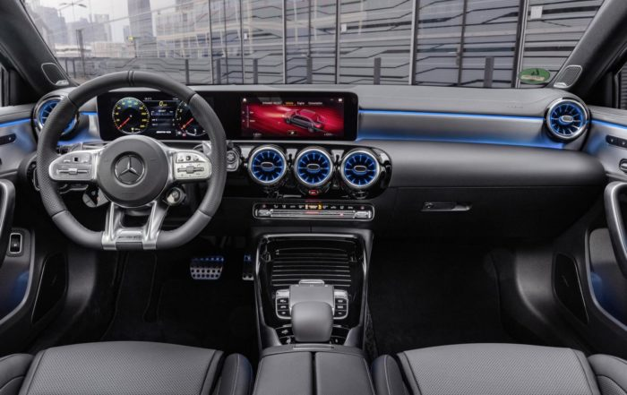 Mercedes-AMG A35 4Matic Saloon interior